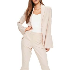 NWT MISSGUIDED Blush Bell Sleeve Blazer